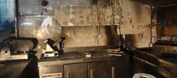 Cómo limpiar incendio en cocina