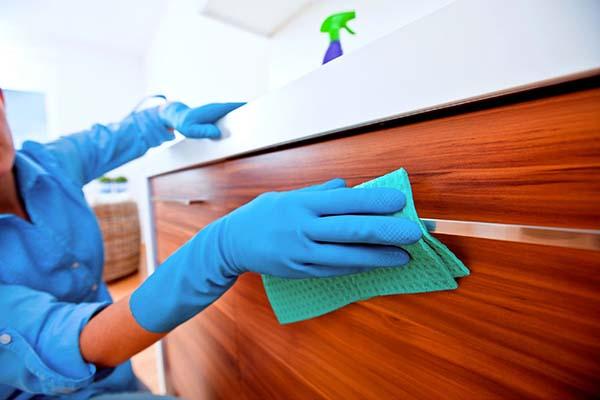 Limpieza de pisos y casas